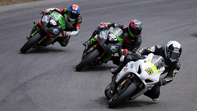 Campeonato Nacional de Motovelocidad Trenton 5 - competencia
