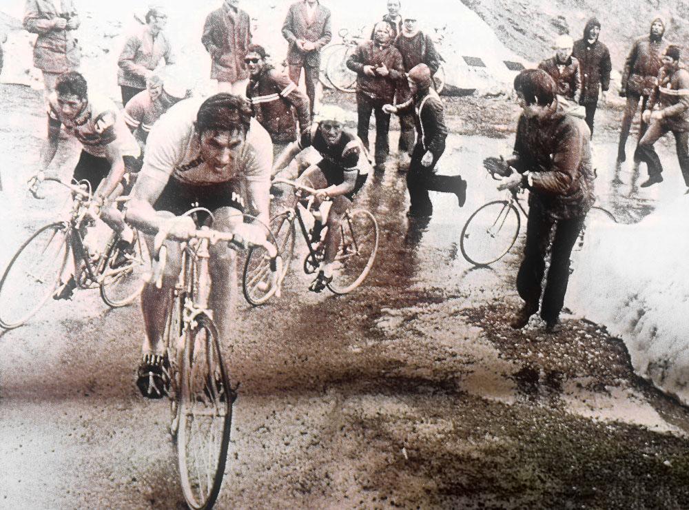 Eddy Merckx en Passo dello Stelvio - Giro de Italia 1972