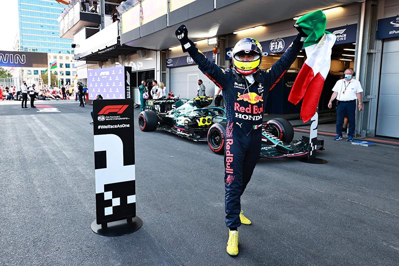 Sergio Pérez ganó su primera carrera con Red Bull Racing en Azerbaiyán 2021