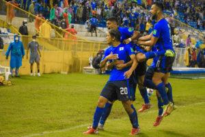 Ruta a Qatar 2022 - El Salvador vs Panamá - celebración de El Salvador